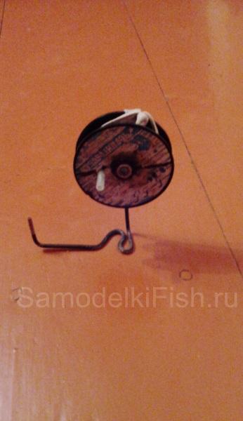 Катушка для зимней жерлицы из катушки из под лески