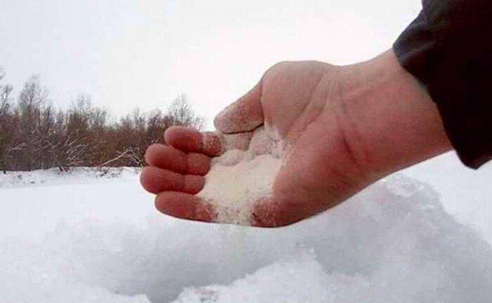 Одна из лучших зимних прикормок - манная крупа
